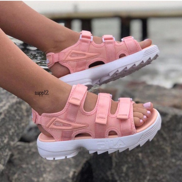 fila disruptor sandals pink